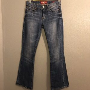 LUCKY BRAND JEANS SOFIA BOOTCUT SIZE 6/28 30inseam